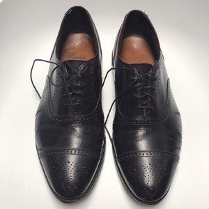 Men's Allen Edmonds Stratton Cordovan Size 9 D